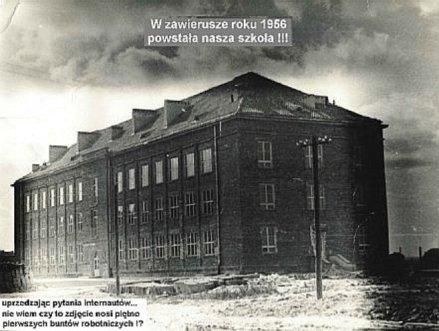 Szkoła Podstawowa Nr 31 im. Lotników Polskich, znajdująca się na Bronowicach przy ulicy Lotniczej 1. Wybudowana w latach 1954-56.