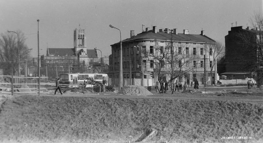okolicy mostu przy ówczesnej Buczka i Armii Czerwonej a
